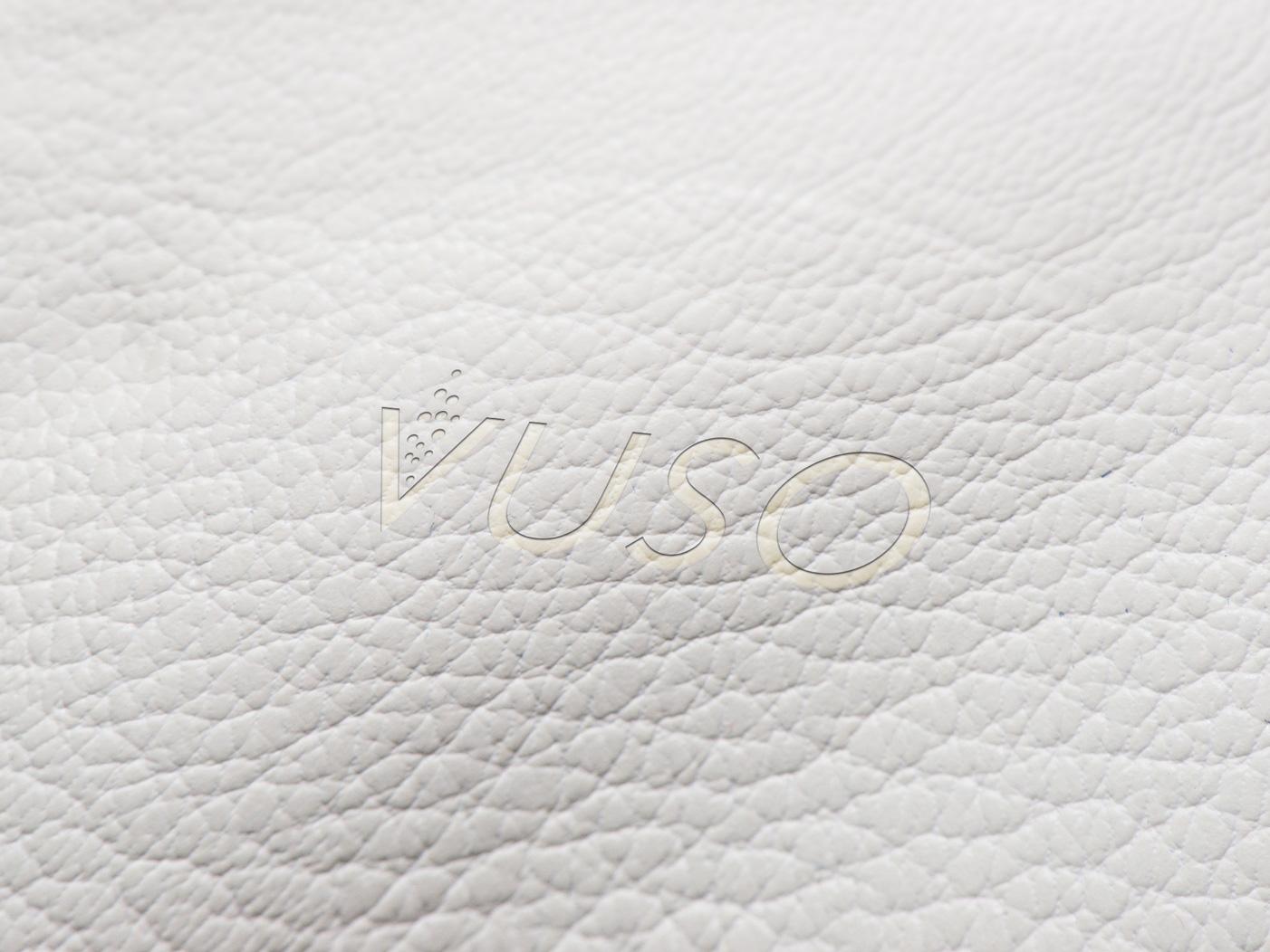 Vuso-Logo-Mockup